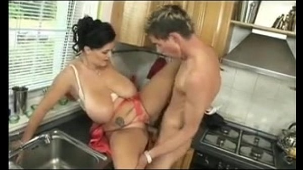 Busty Reny Porno