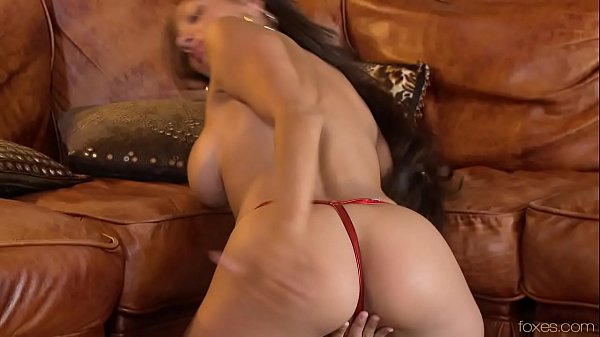 Candice.Cardinelle G-String.Too.Tiny wmv.720