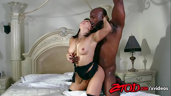 lea-lexus-is-all-about-the-darkness-720p-tube-xvideos Thumb