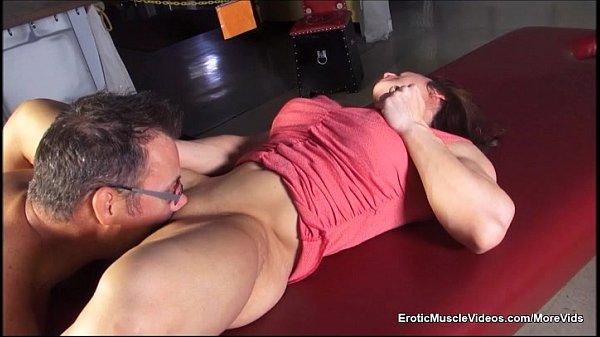 EroticMuscle Videos What Happens in Vegas