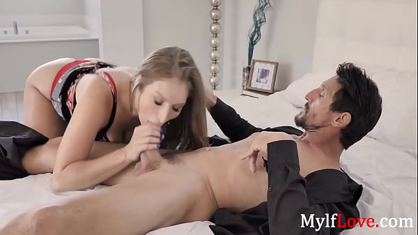 Busty Babe Gets Creampied To Be A Mom - Skylar Snow Thumb