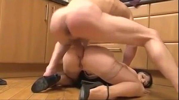 Fit milf anal at Hardbodycams.com
