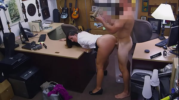 XXX PAWN - Thief Madisin Lee Confesses To Her C...