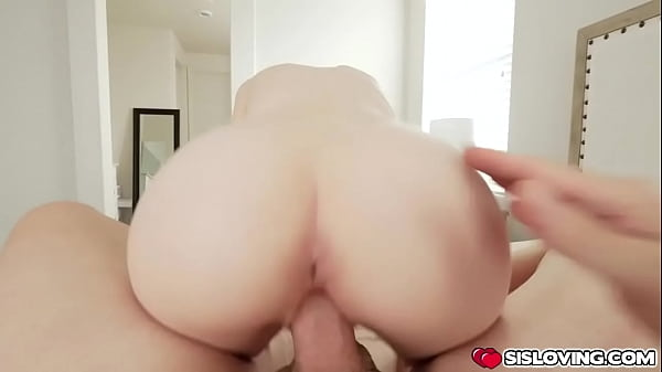 Giving stepsister Alicia Williams some serious dick down