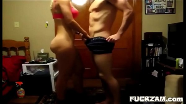 Big Titty Horny College Hottie Blows & Bangs He...