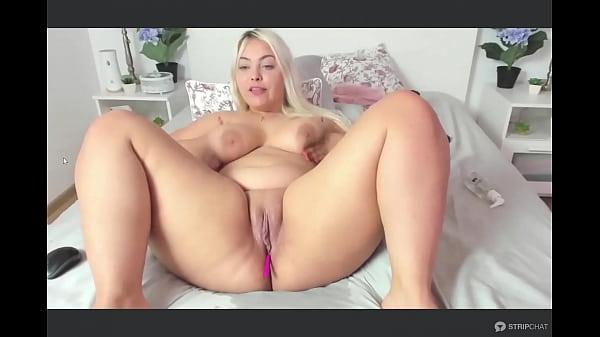 Solo Blonde BBW Latina Thumb