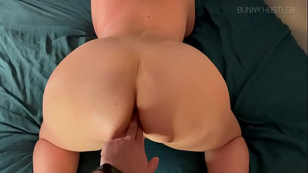 Spontaneous amateur couple anal sex Thumb
