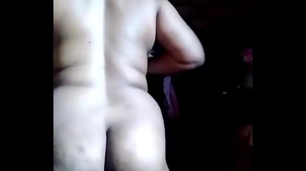 देसी भाभी की फूली चूत और गांड़ की एमएमएस