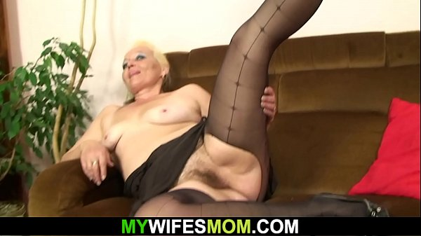 Hairy blonde granny riding son in law's cheatin...