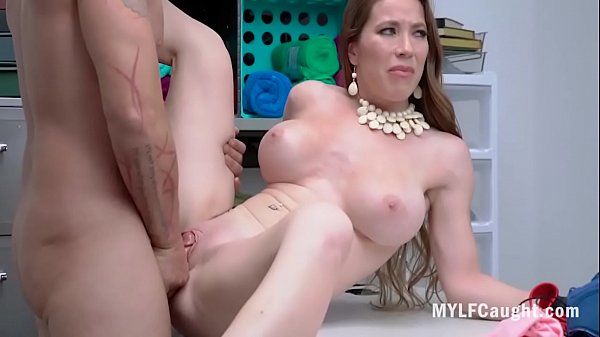 Rich MILF Can't Let Go Of Her Clepto Habits- Bianca Burke Thumb