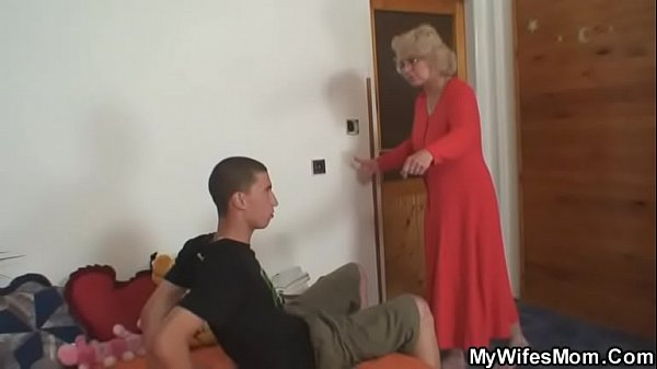 Old m. riding her man's cock