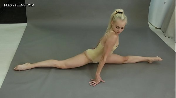 Dora Tornaszkova flexible gymnast super hot naked Thumb