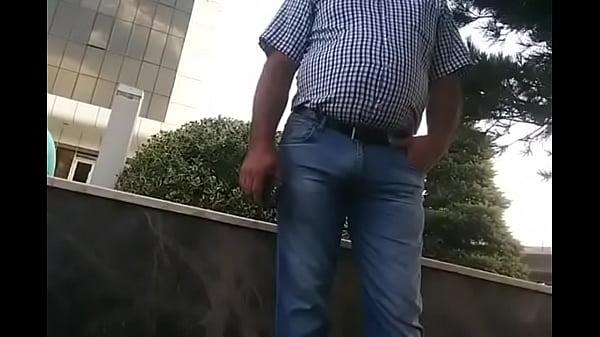 Outdoor old Man MASTURBATION