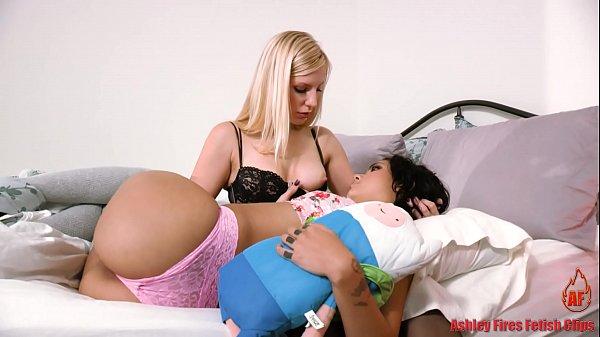 Mommys Little Helper (Modern Taboo Family)
