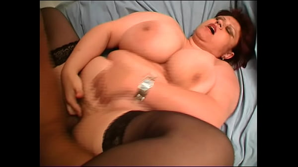 Fat housewife wanted to make amateur video and got hot sex
