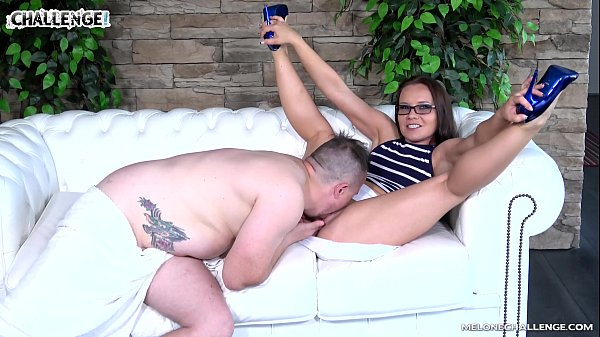 Fat Newcomer Tried to Show that He Can Be a Male PornStar After the Casting