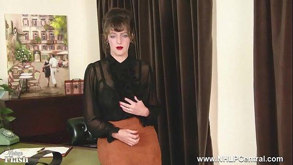 Brunette in vintage nylons masturbating  thumbnail