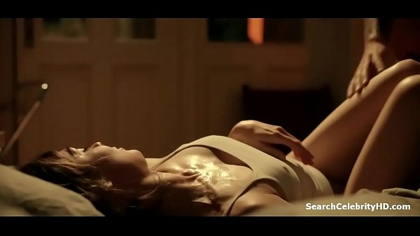 Schöne nackt maya Maya Hawke