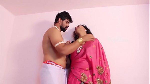 Mallu desi aunty romance sex with boyfriend desixmms.com