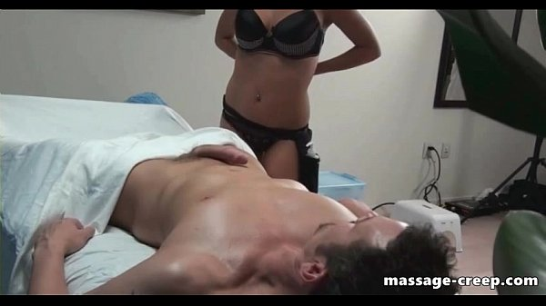 Masseur horny girl excite her client