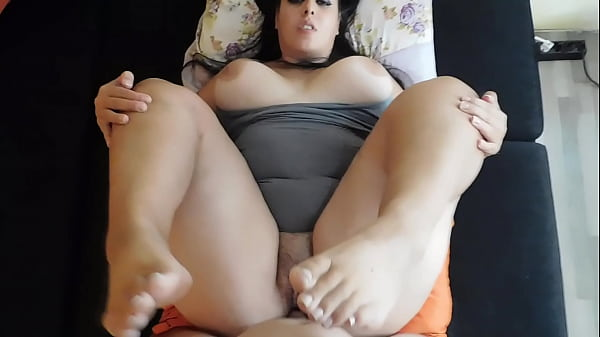 Footjob With French Pedicure