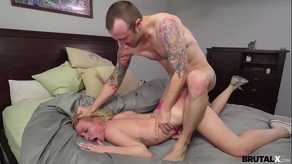BrutalX - Stepsis Dixie Lynn throating and brute-fuck