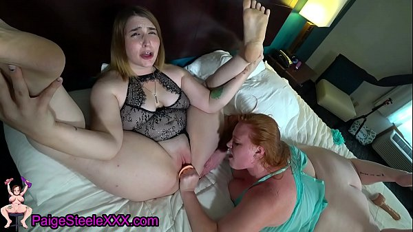Two Horny Sluts Make Each Other Cum!