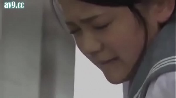 ဂျပန် သမီးနဲ့အဖေ ရထားပေါ်မှာ လုပ်ကြတာ