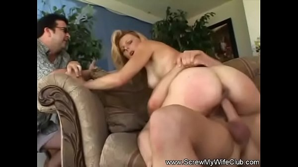 Amateur Wife Agrees To Fuck A Stranger