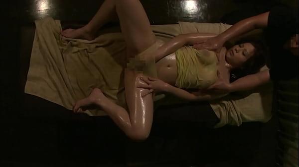 https://bit.ly/31CU0DA Minami Aoyama Luxury Aroma Oil Sexy Massage Part 3. No.4