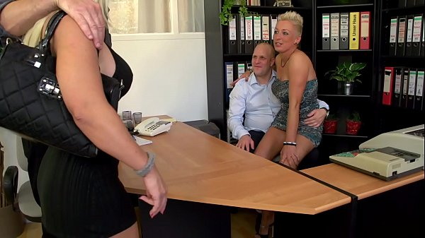 Mandy Mistery show sex with her Girlfreind