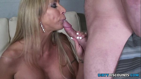 Tit fucking busty milf
