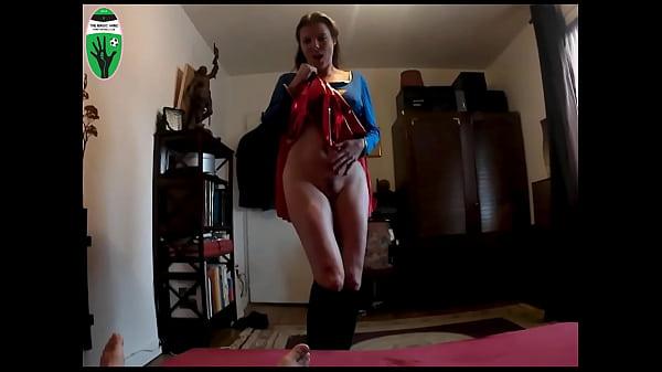 Caroline Tosca licks my balls (Supergirl Cosplay)