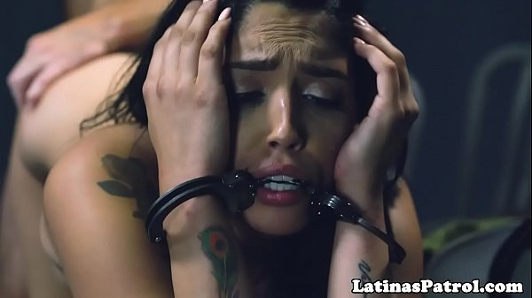 Latina immigrant fucked during interrogation