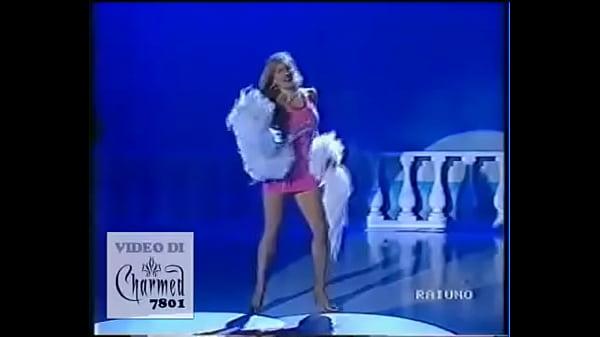 Simona Tagli - Stacchetto vestitino rosa 1 - Domenica In 1991 Thumb
