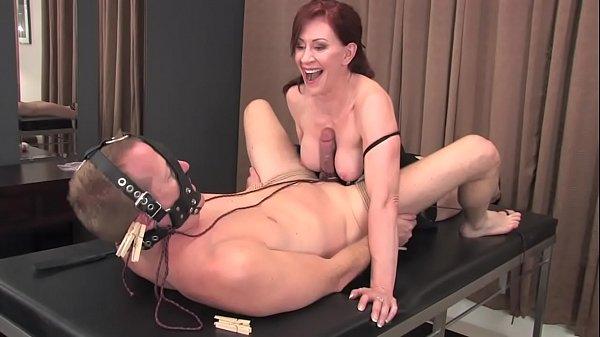 Video porno di Formosa Tettona ragazze per 50