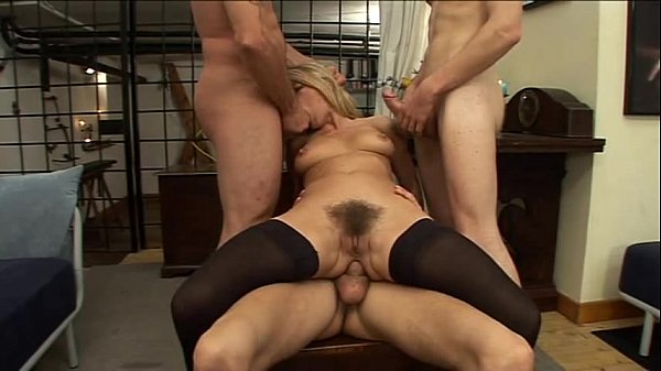 Federica Tommasi gets fucked by 3 guys