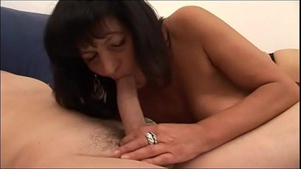 Looking at my mother, I masturbated (Full Movies)