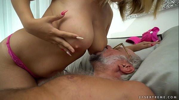Chubby babe on grandpa dick - Aida Swinger