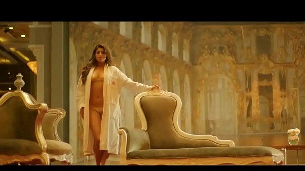 Indian Model Akansha Puri CALENDER GIRL Sexy BI...