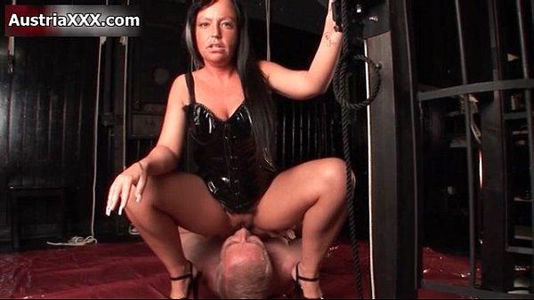 Nasty brunette slut gets horny Thumb