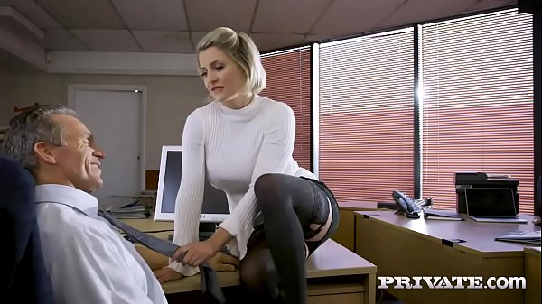 Private.com - British babe Sienna Day fucks her...