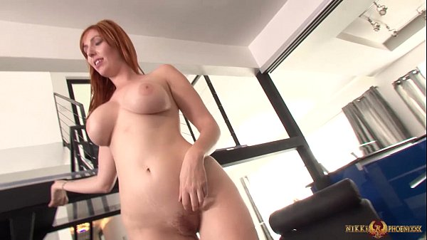 Bigtit redhead eating out skinny girls pussy Thumb