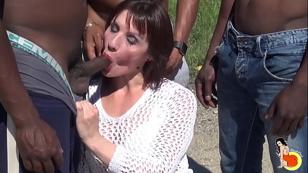 Crazy milf Eloise gets 3 BBC and makes a great gangbang
