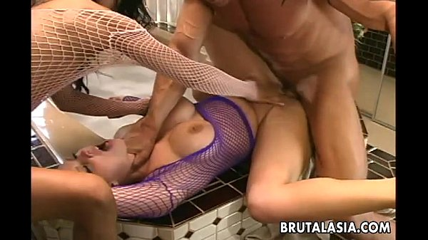 Super hot sluts are getting fucked hard in a threesome Thumb