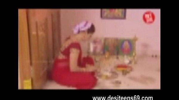 Indian Hindu Housewife Very Hot Sex Video www.desiteens69.com Thumb