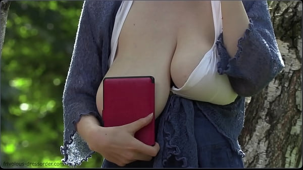 saggy natural big tits in public Thumb