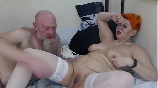 One day in the life of a mature webcam couple A...