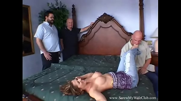 Making The Bad Wifey Pay With Her Ass While Arousing