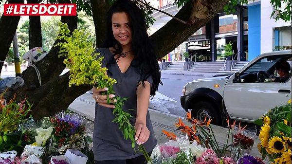 MAMACITAZ - #Selena Gomez - Amateur Latina Hot Fuck With Big Cock After Work